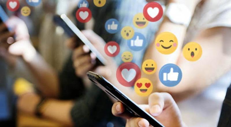 Social Media Marketing Marcie Wolf Abuzz Creative